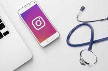 فعالیت در شبکه اجتماعی چه تاثیری بر درآمد پزشکان دارد؟
