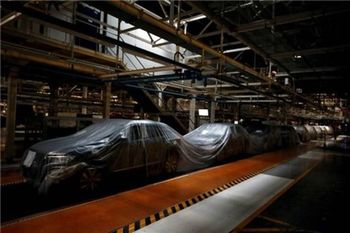 دست های پشت پرده مافیای واردات در ناکارآمد جلوه دادن صنعت خودروی کشور