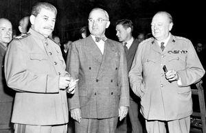 جنگ ایدئولوژی، جنگ اقتصاد